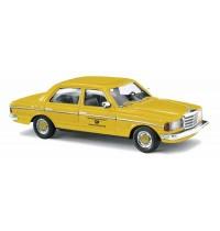 Busch Automodelle - Mercedes W123 Limousine, Deutsche Post
