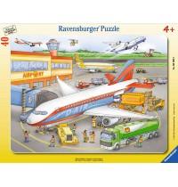 Ravensburger Puzzle - Rahmenpuzzle - Kleiner Flugplatz, 40 Teile