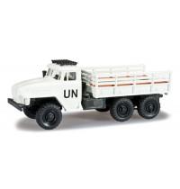 """Herpa - Ural Mannschaftspritschen-LKW """"UN"""""""