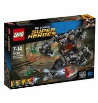 LEGO® DC Universe Super Heroes - 76086 Knightcrawlers Tunnel-Attacke