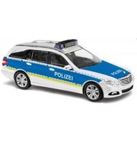 Busch Automodell - Mercedes E-Klasse T-Modell Autobahnpolizei, Weiß