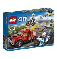 LEGO® City - 60137 Abschleppwagen auf Abwegen