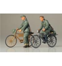 1/35 Dt. Soldaten m.Fahrräder 2 Figuren