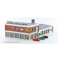 1/160 OPEL Autohaus mit 4x MINIS OPEL Rekord Lemke Collection Spur N