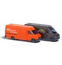 Busch Automodelle - Zwei Mercedes Sprinter »UPS« und »TNT«