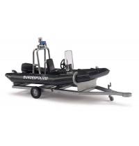 Busch Modellbahnzubehör - Anhänger mit Motorboot, Bundespolizei