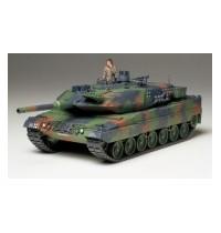 1/35 Leopard 2A5 Bundeswehr Hersteller: Tamiya + 1 Figur