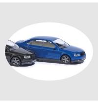 Audi A4 dunkelblau