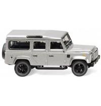 Land Rover Defender 110 -