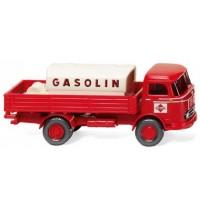 Pritschen-Lkw mit Aufsatztank