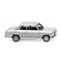 BMW 2002 - silber-metallic