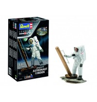 Revell - Apollo 11 Astronaut on the Moon