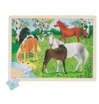 goki 57894 Einlegepuzzle Ponyhof mit 48 Teilen
