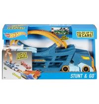 Mattel - Hot Wheels® Stunt N Go Transporter und Trackset